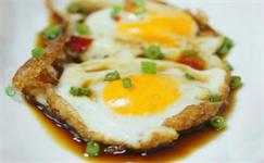 每日食谱|神奇的煎冷冻鸡蛋,你吃过吗?