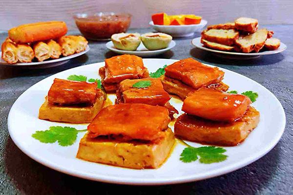 每日食谱||照烧三文鱼煎豆腐的做法