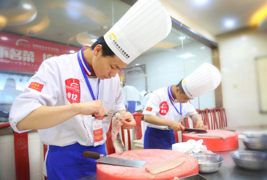 年轻人学厨师是为了什么