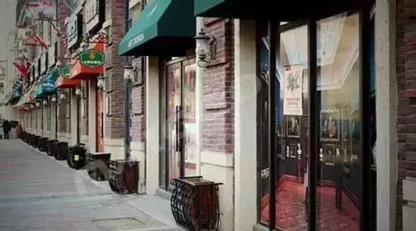 创业开餐厅,这几种店铺千万别选