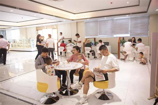 初高中生扎堆学厨师,徐州新东方迎来暑期报名