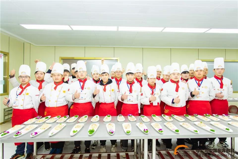 用心烹饪,专注技艺,学厨师来徐州新东方就对了