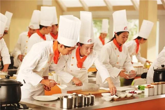 来徐州新东方,让你学厨路上不孤单
