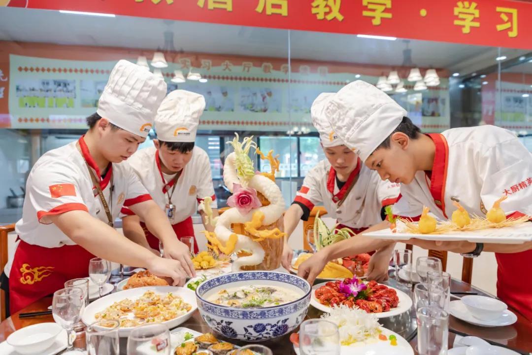 徐州新东方中餐新春宴席展,见证中餐学生每一
